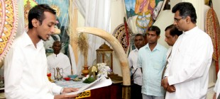 Historical Sri Sumana Saman Devalaya receives special tusks from Minister of Power and Energy.