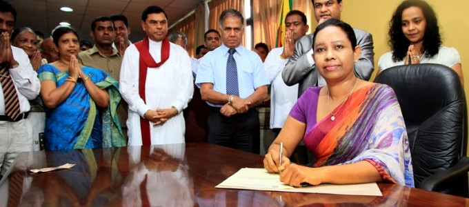 Pavithra Wanniarachchi assumes duties as the new MInister of Power and Energy