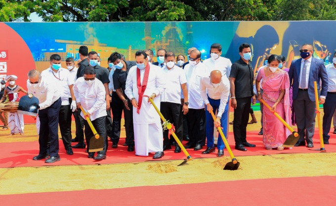 PM lays foundation to Sri Lanka's first LNG Power Plant